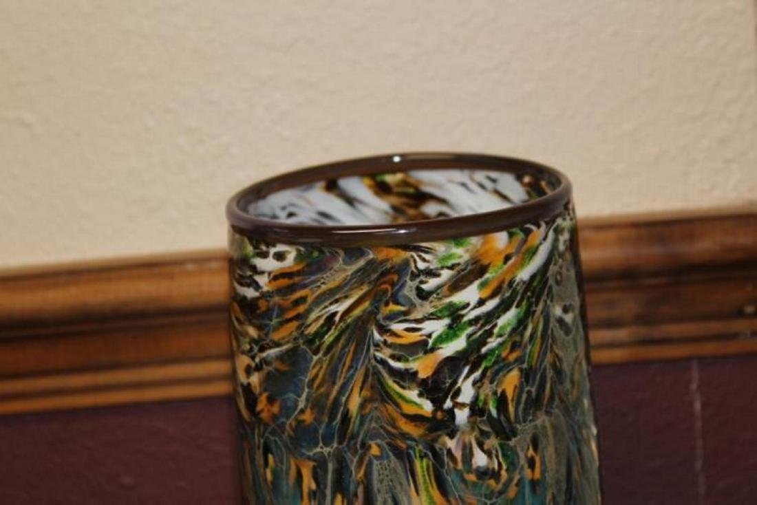 An Art Glass Cylinder Vase - 4