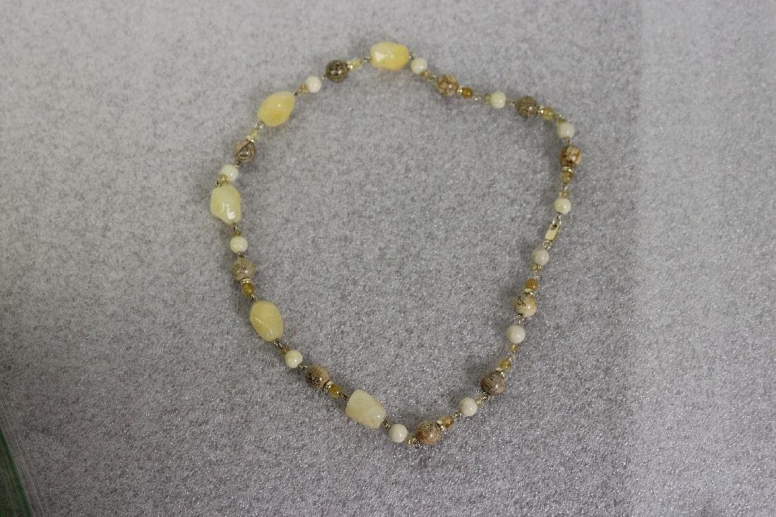 A Jasper and 14Kt Gold Necklace