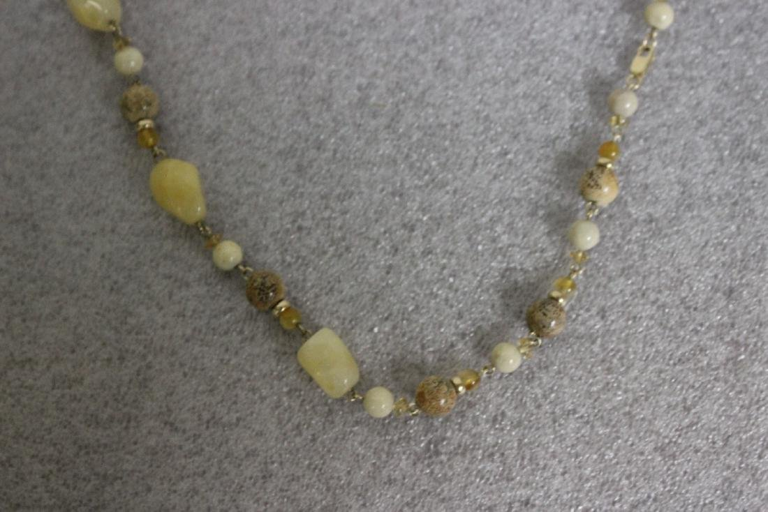A Jasper and 14Kt Gold Necklace - 4