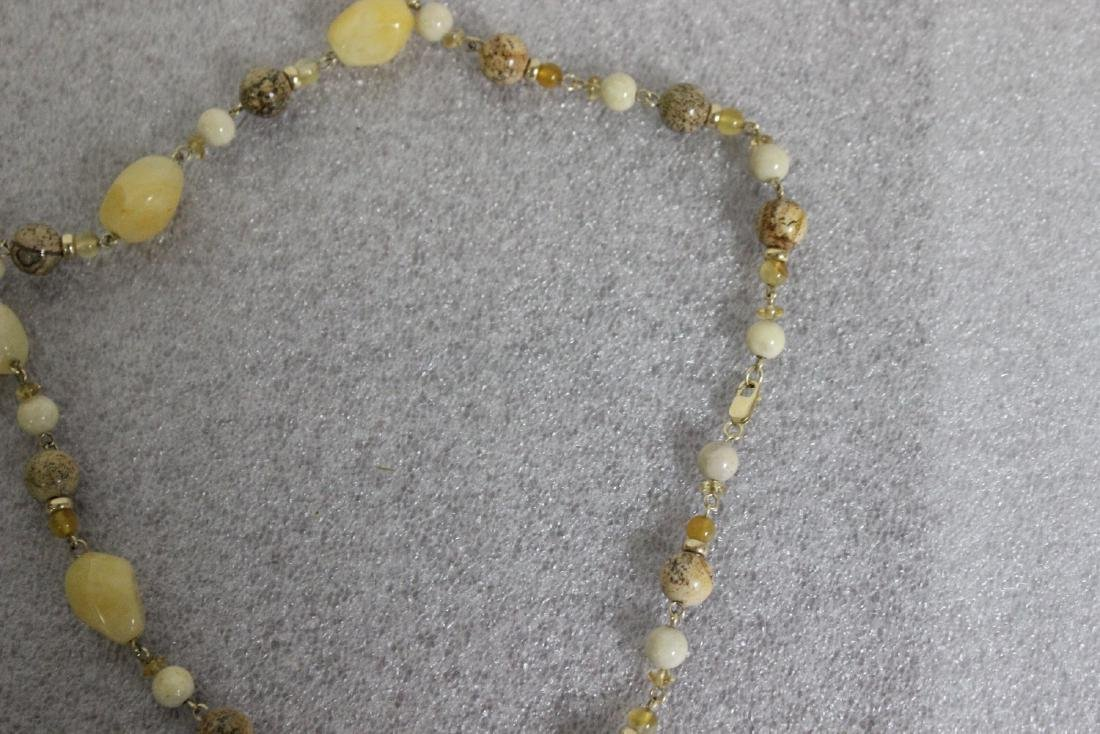 A Jasper and 14Kt Gold Necklace - 5