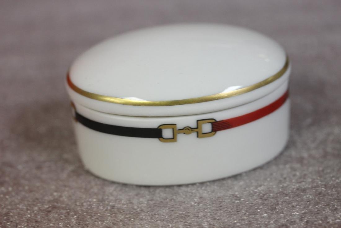 A Haviland Limoges Stirrup Design Trinket Box