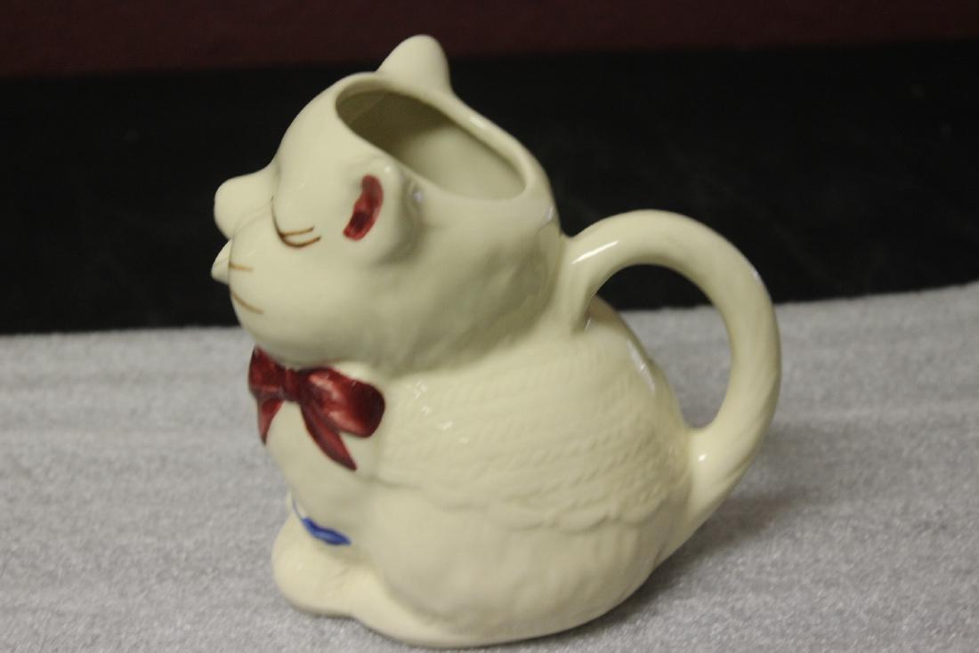 A Shawnee Cat Creamer - 2