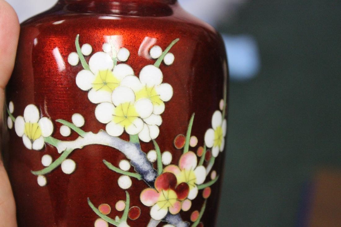 A Japanese Ginbari Silver Wire Cloisonne Vase - 7