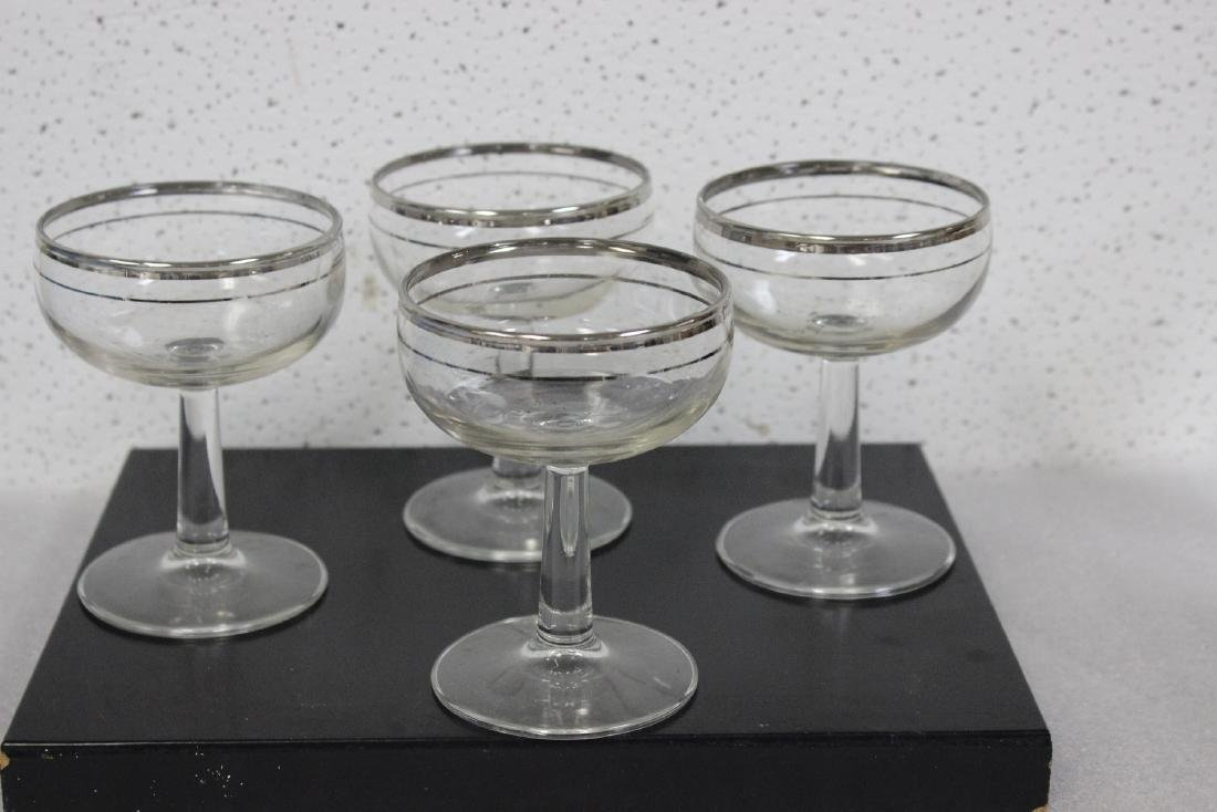 Lot of 4 Champagne Glasses