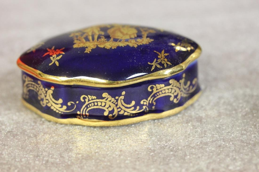 A Romantic Gold Gilted Limoge Trinket Box - 5