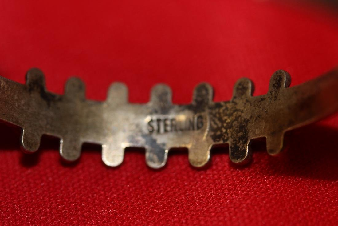 A Sterling and Torquise Child Bracelet - 3
