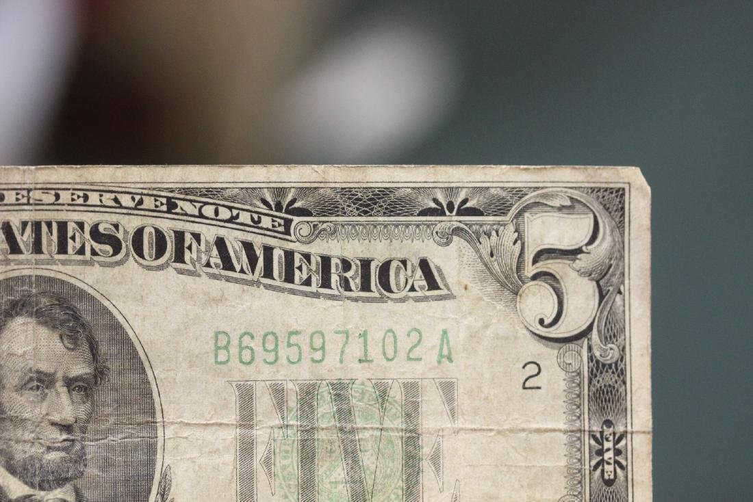 A 1934 Five Dollar Note - 6