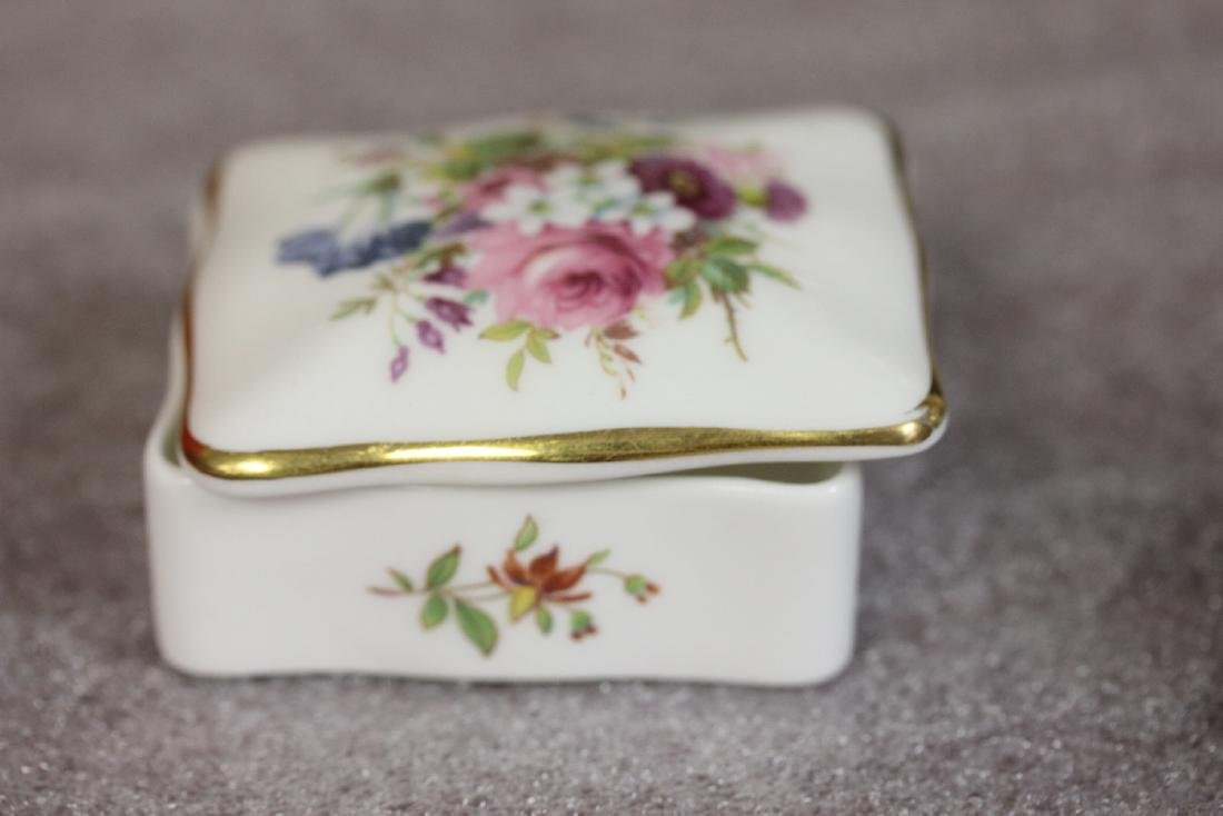 A Bone China Trinket Box - 4