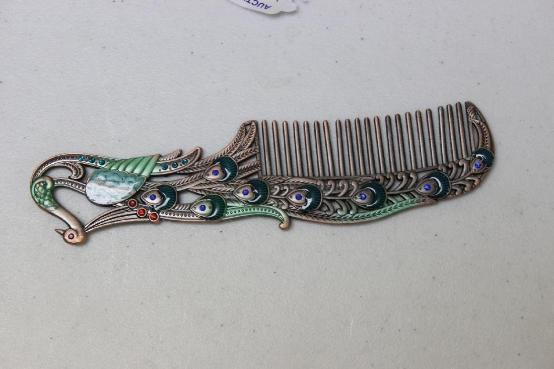 A Decorative Enamel Metal Comb - 3