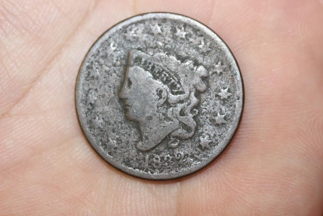 An 1832 Large Cent - 2
