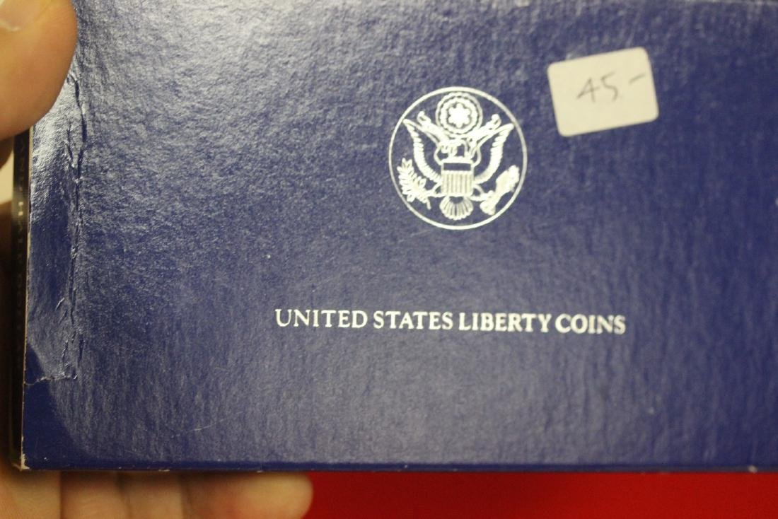 Lot of Two Coins Set - 5
