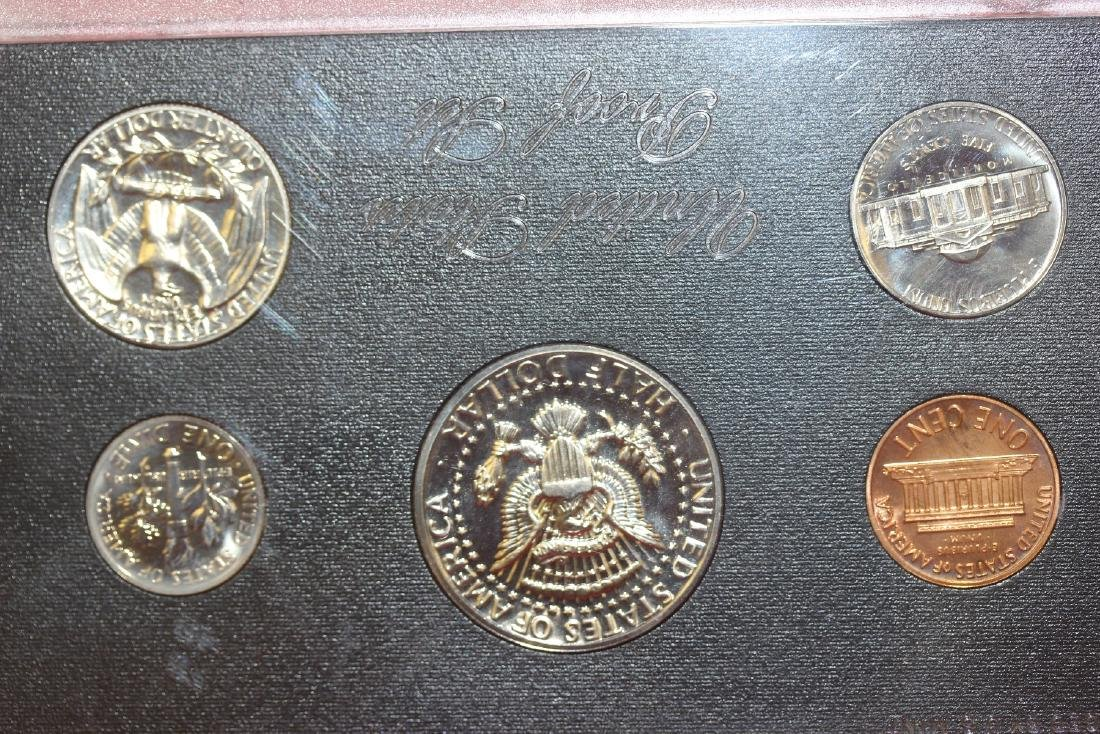Lot of Two Coins Set - 2