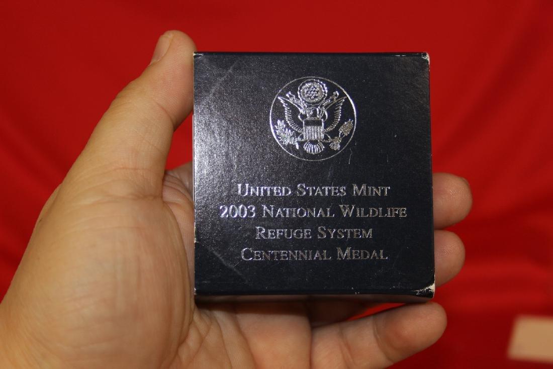 A 2003 US Mint Medal - 3
