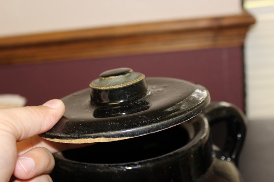 An Antique/Vintage Bean? Pot with Handle - 4
