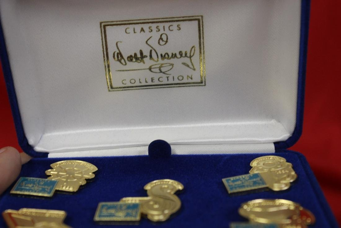 Lot of 5 Walt Disney Pins - 2
