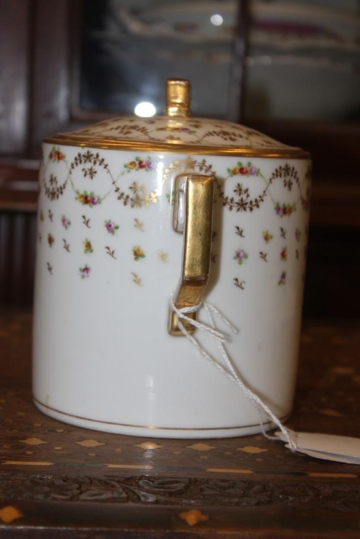 Dresden Lidded Biscuit Jar - 4