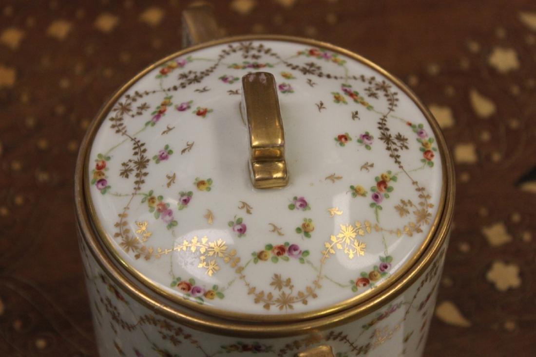 Dresden Lidded Biscuit Jar - 5