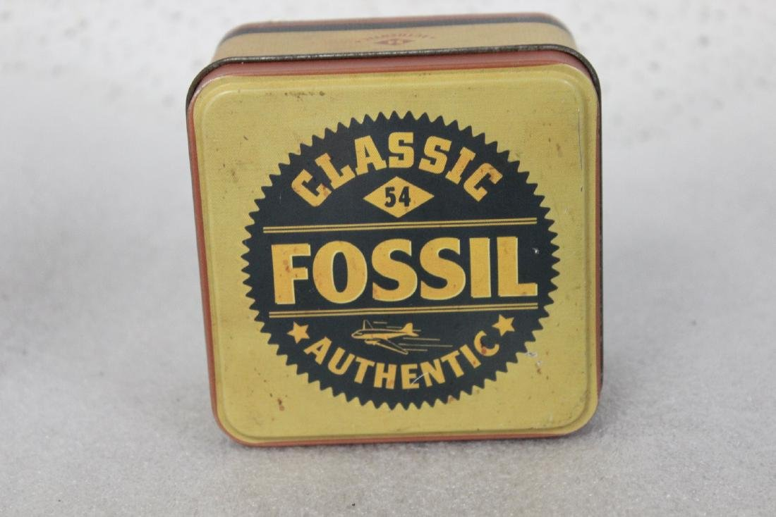 A Classic 54 Fossil Watch - 2
