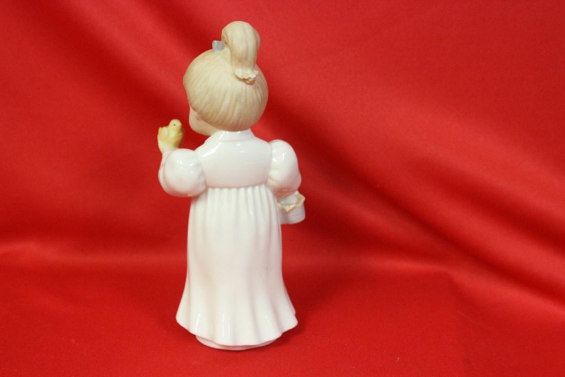 A Lenox Figurine - 4