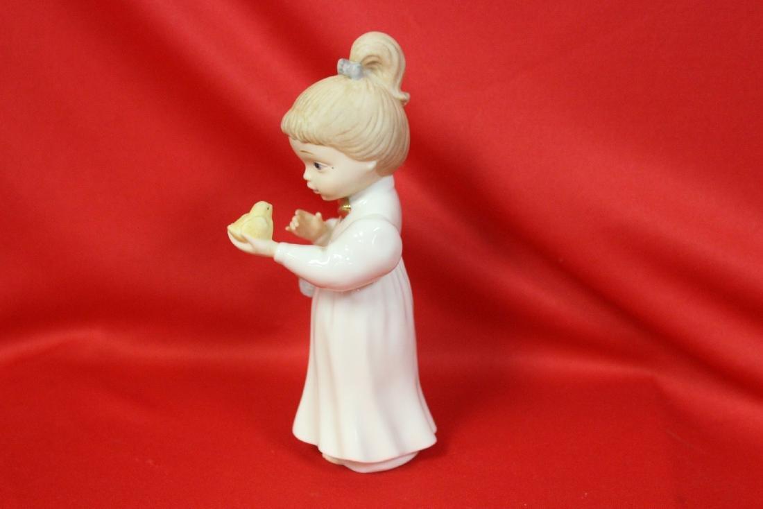 A Lenox Figurine - 5