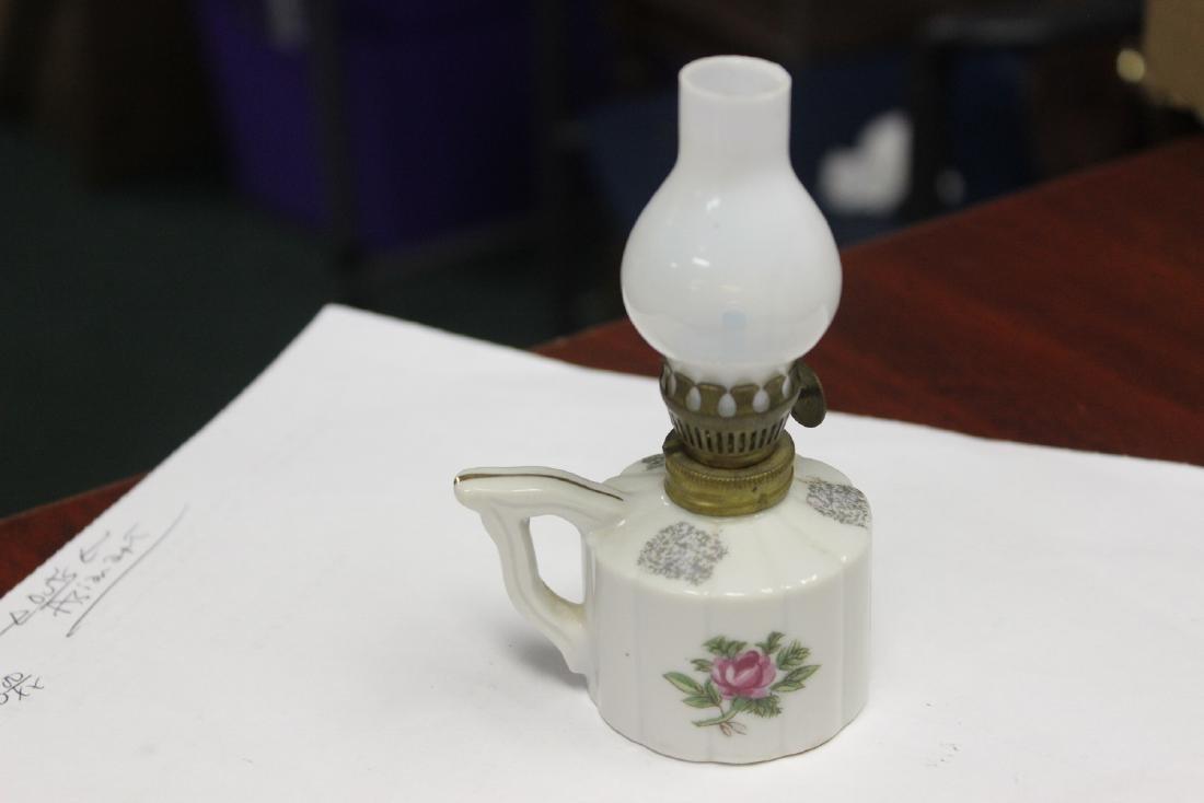A Porcelain Miniature Oil Lamp - 3