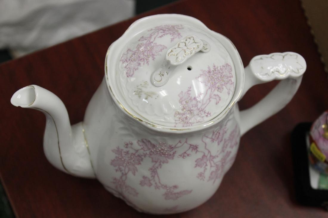 A Large Antique Teapot - 5