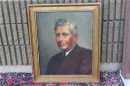 An Oil on Canvas Dated 1939 by TM Heaton