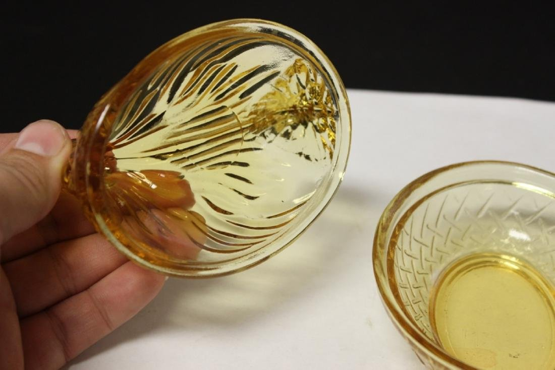 An Amber Glass Chicken Candy Dish - 4