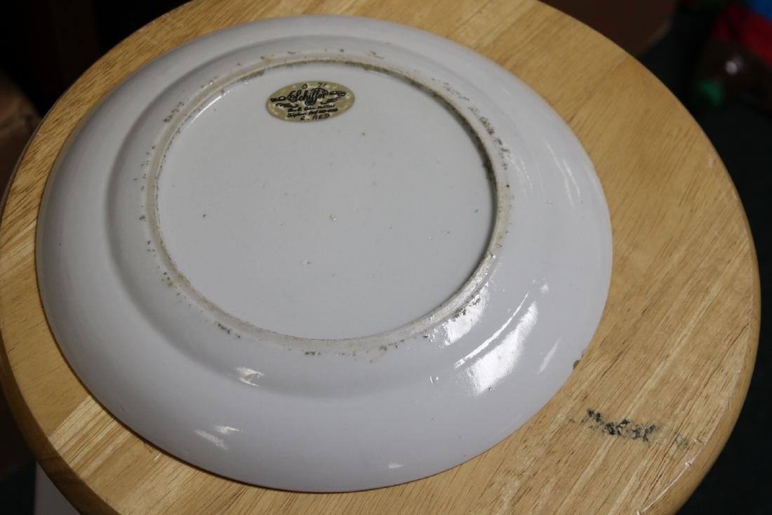 An Antique Chinese Rose Medallion Plate - 9