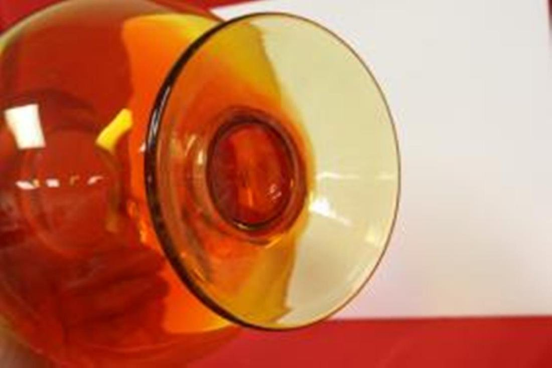 A Hand Blown Glass Vase - 4