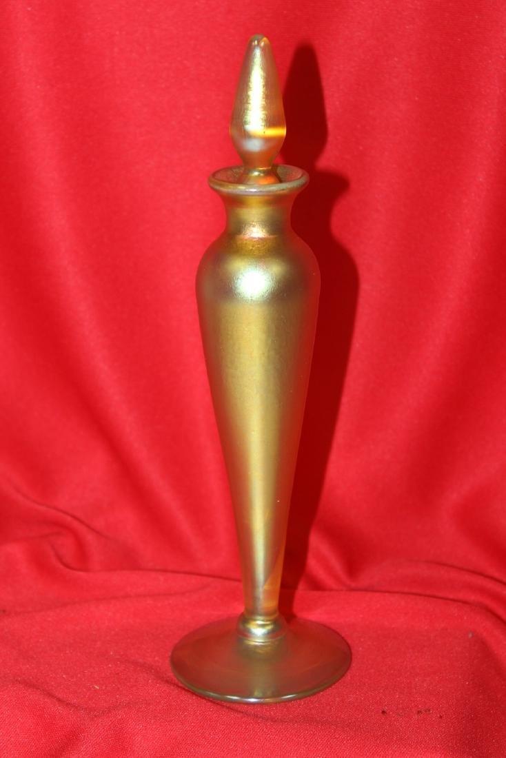 a Lundberg Studio Art Glass Parfume Bottle