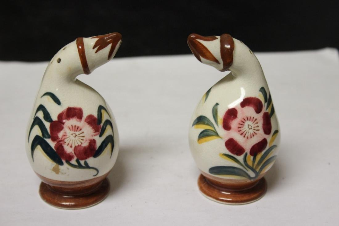 A Pair of Ceramic Salt and Pepper Shakers - 6