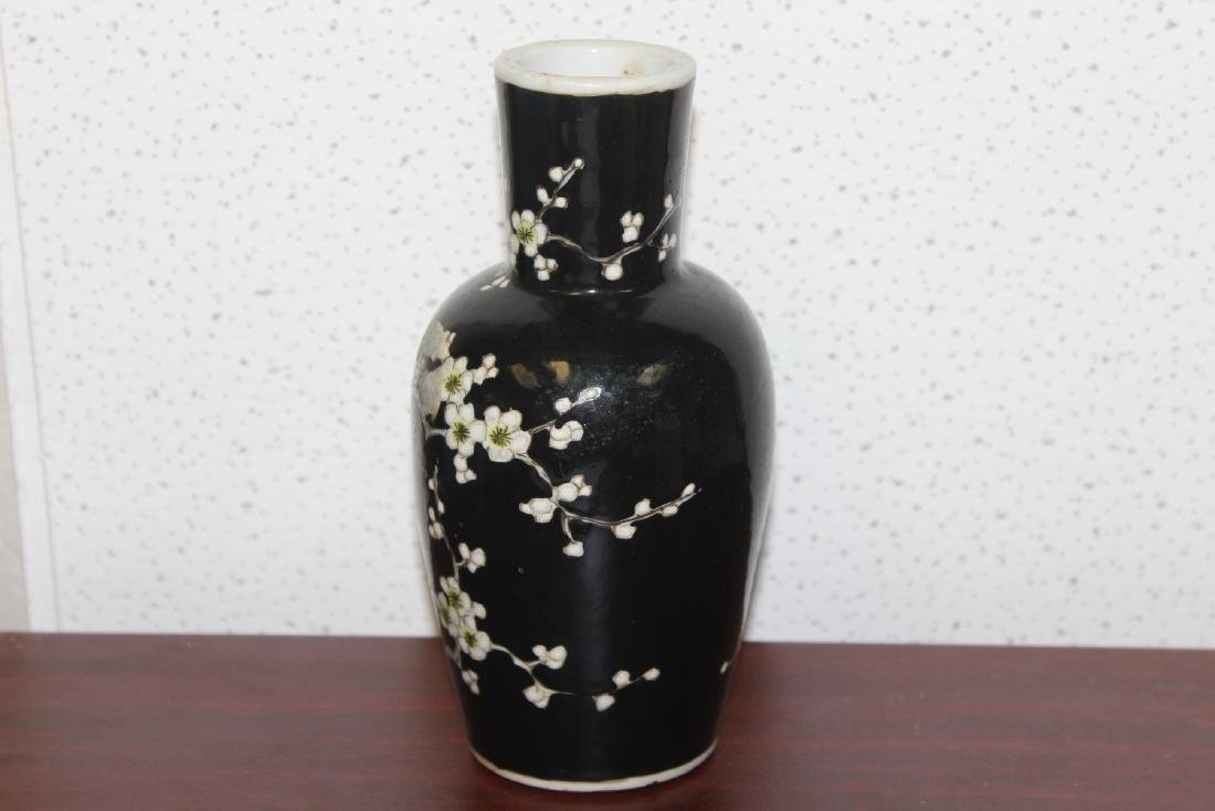 An Antique/Vintage Chinese Famille Noire Vase - 3