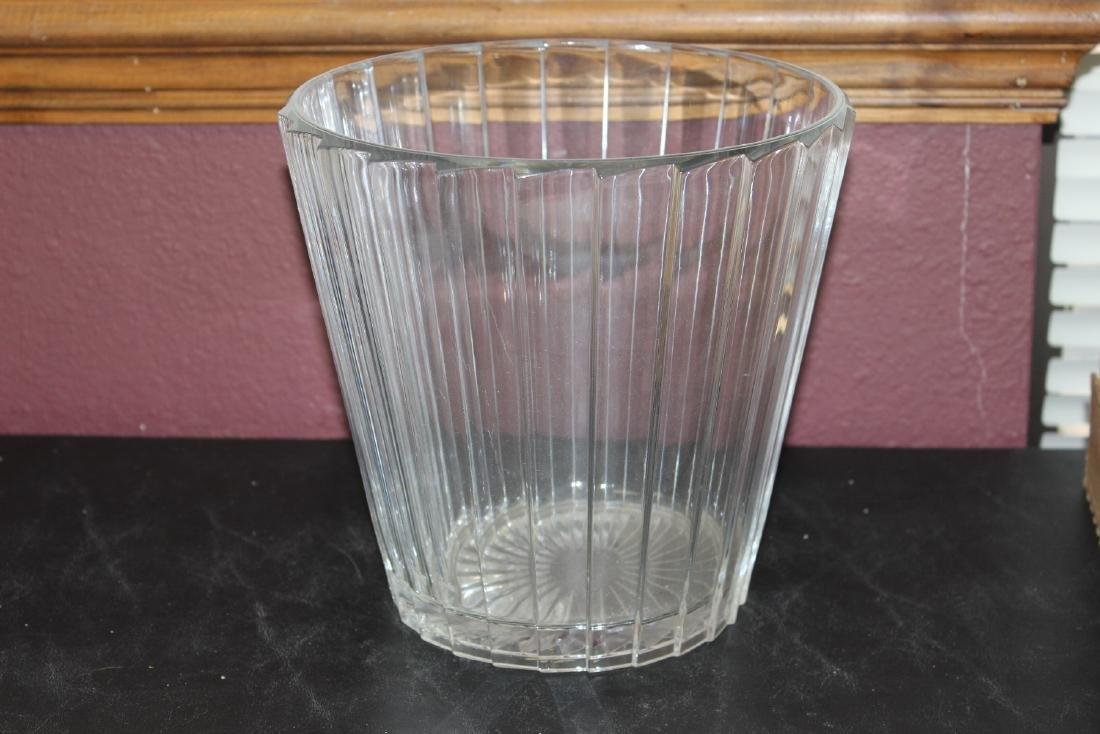 A Glass Ice Bucket? - 2