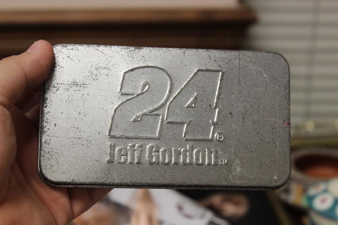 Jeff Gordon #24 Lighter and Keychain - 3