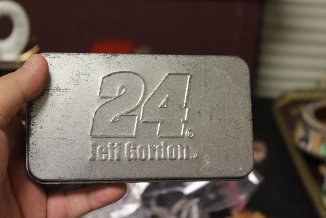 Jeff Gordon #24 Lighter and Keychain - 4
