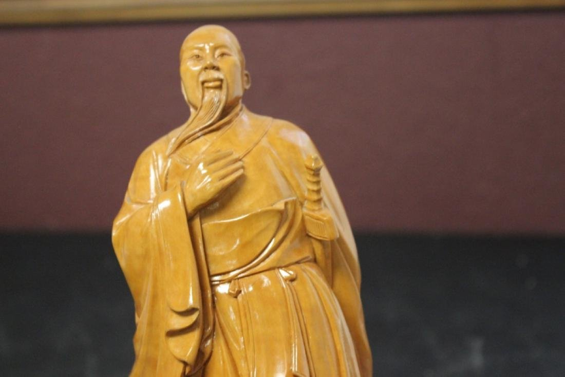 A Well Carved Box Wood Chinese Emperor on Stand - 10