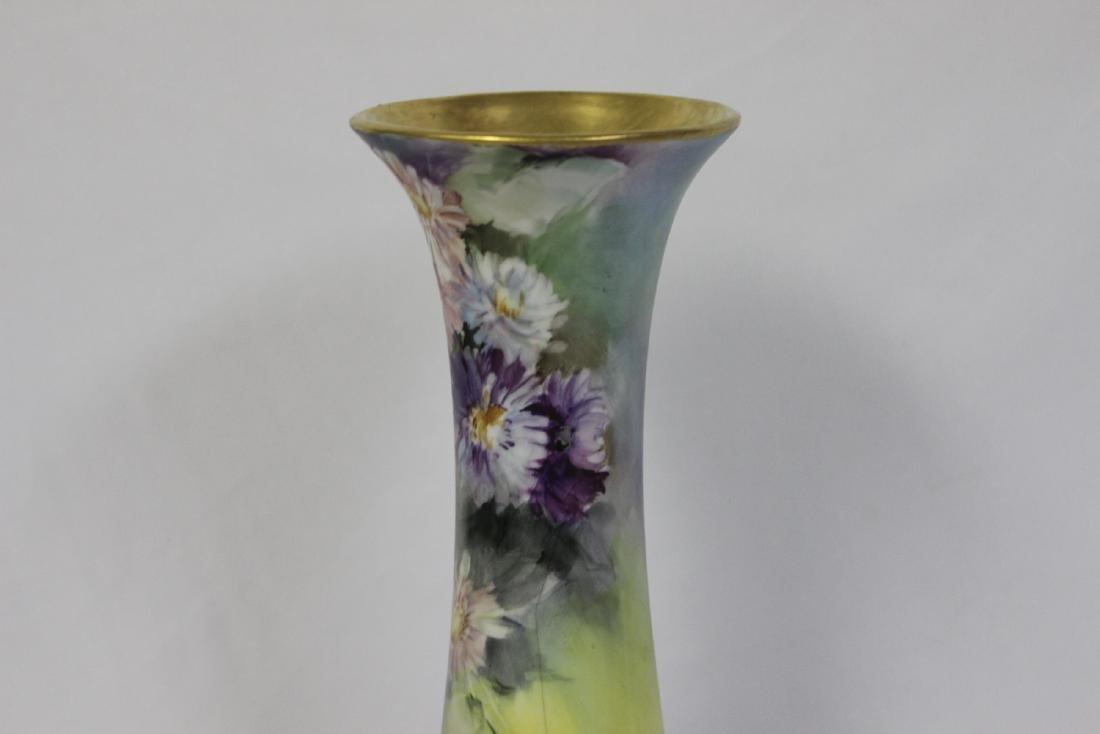 A Handpainted Trumpet Vase - 2