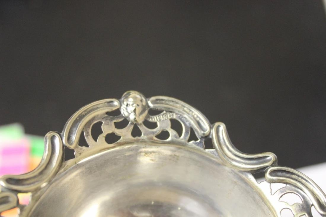 A Sterling Silver Figeral Small Dish - 6