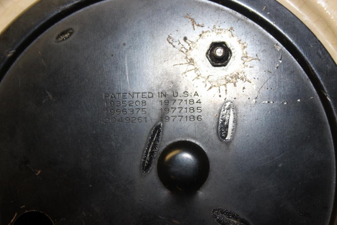 An Electric Ceramic Wall Clock - 5