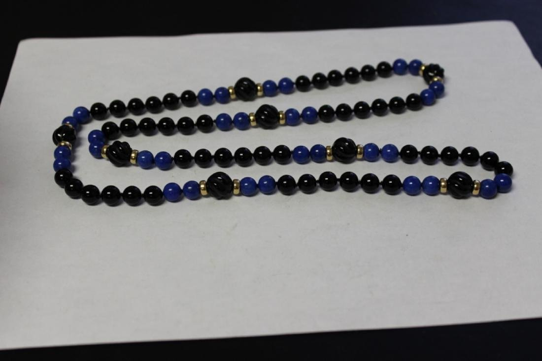 A Lapis and Onyx and 14Kt Gold Necklace