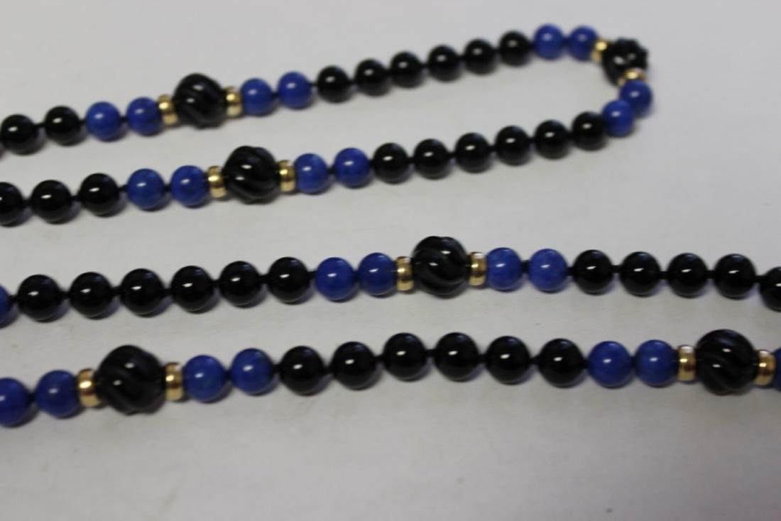 A Lapis and Onyx and 14Kt Gold Necklace - 3