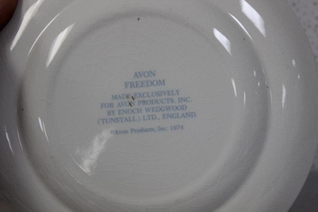 An Avon Collector's Plate - 2