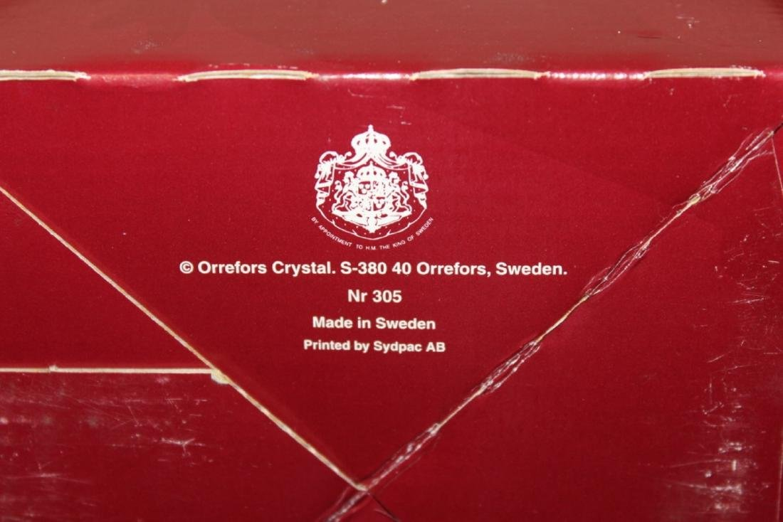 A Boxed Crystal Orrefors Bowl - Fleur Pattern - 7