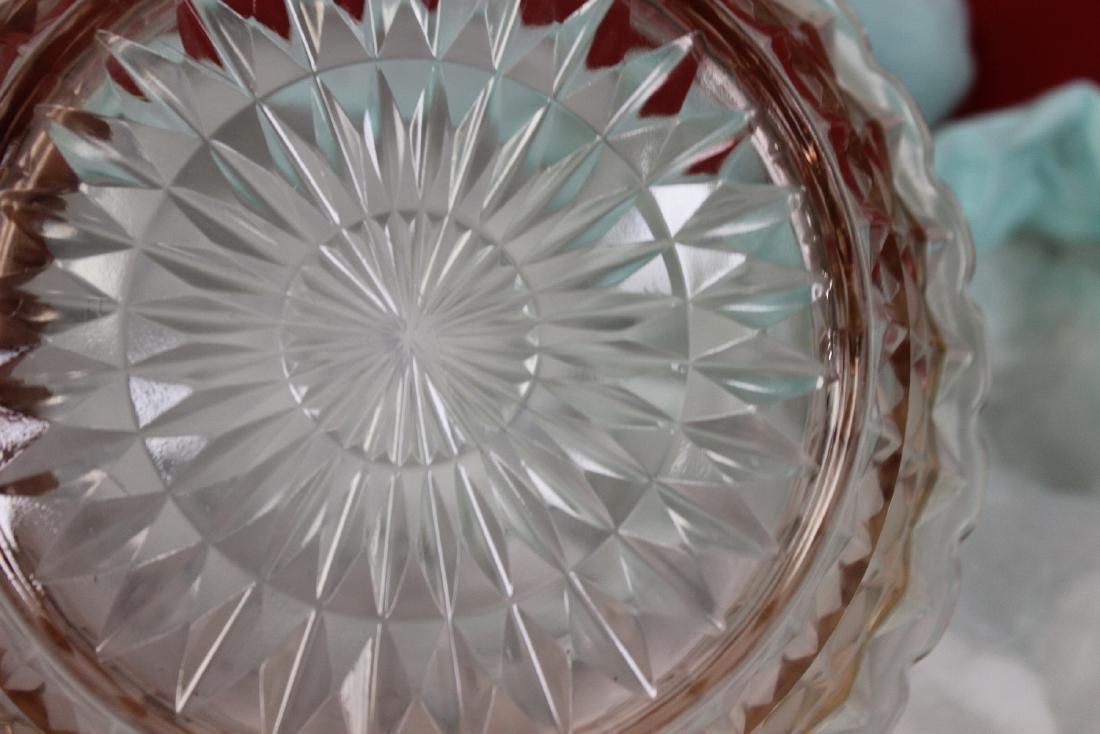 A Fostoria Pink Depression Glass Bowl - 4