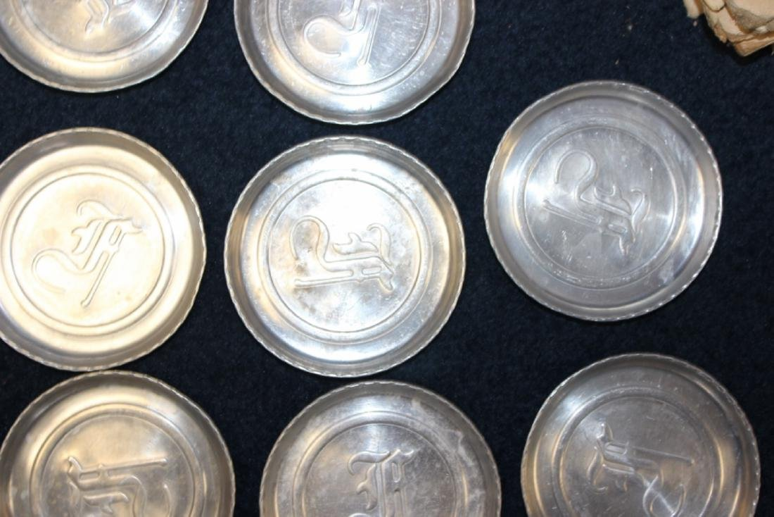 A Lot of 11 Tin Coasters - Mid Century - 3
