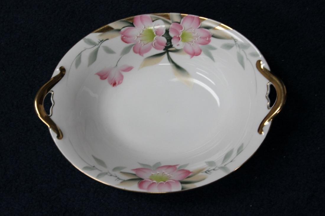 A Noritake Oval Vegetable Bowl