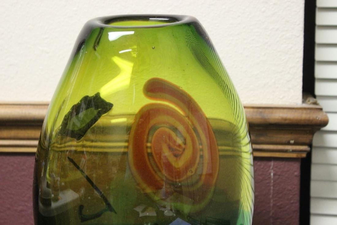 A Picasso Style Art Glass Vase - 7