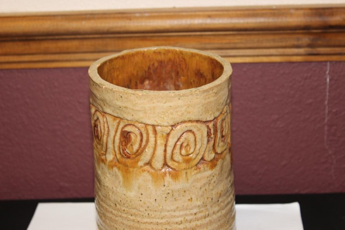A Clay Cylinder Vase - 2