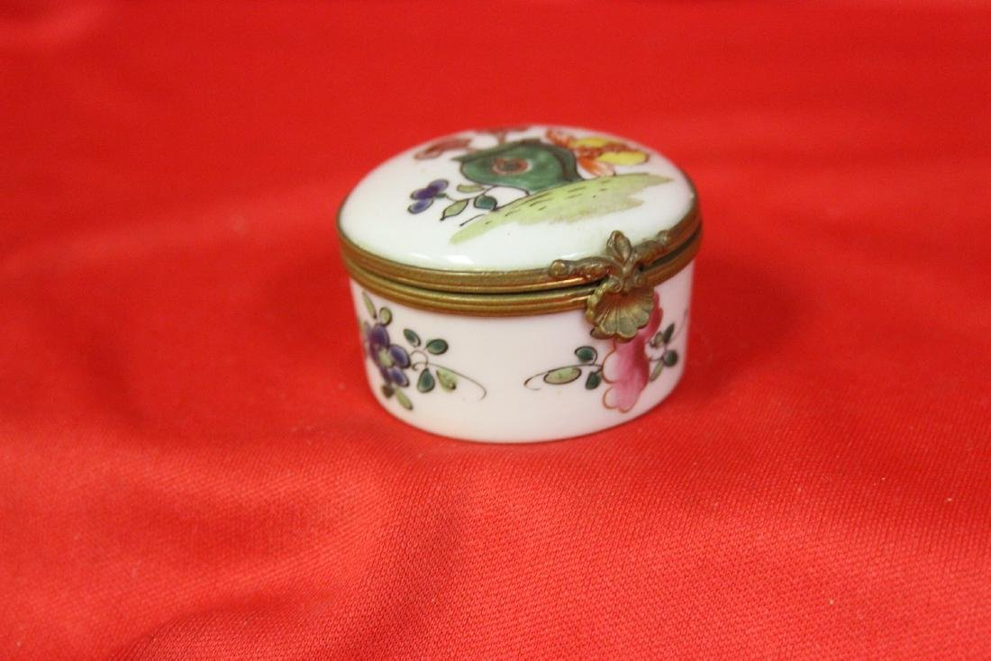 A Limoge? Trinket Box